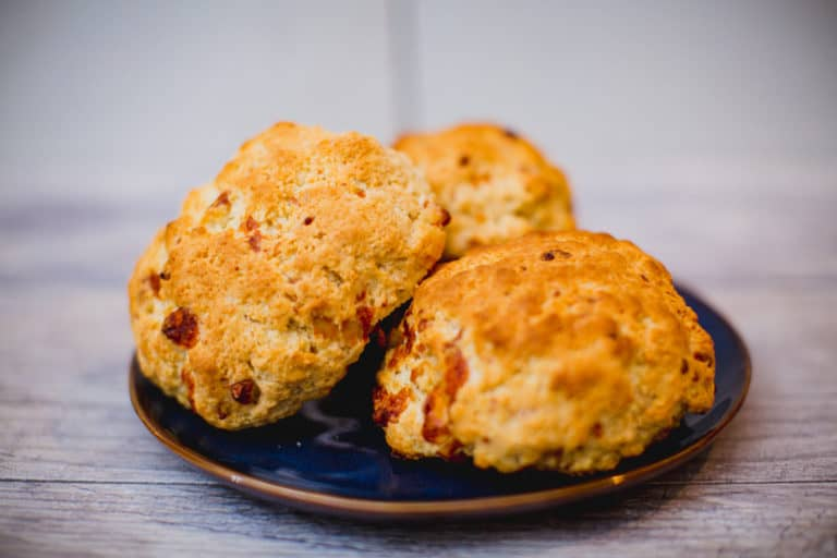 Easy Homemade Cheesy Biscuits Without Buttermilk Recipe