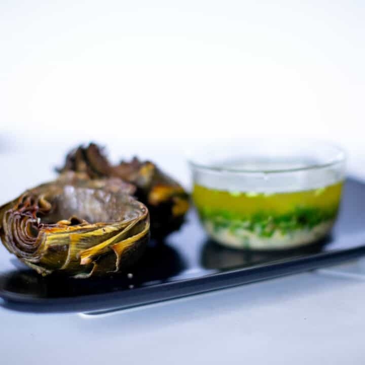 Roasted artichokes with garlic aioli