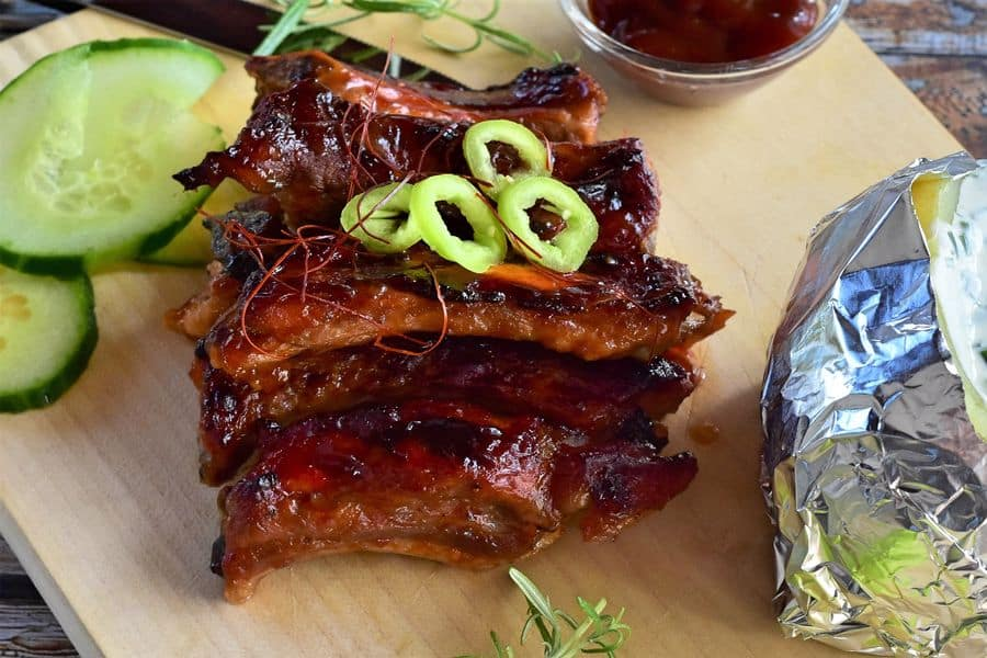 Pork bbq riblets with sides